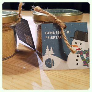 Frohe Weihnachten mit ess: Praxis für Ernährungsberatung und -therapie Stephanie Siegert